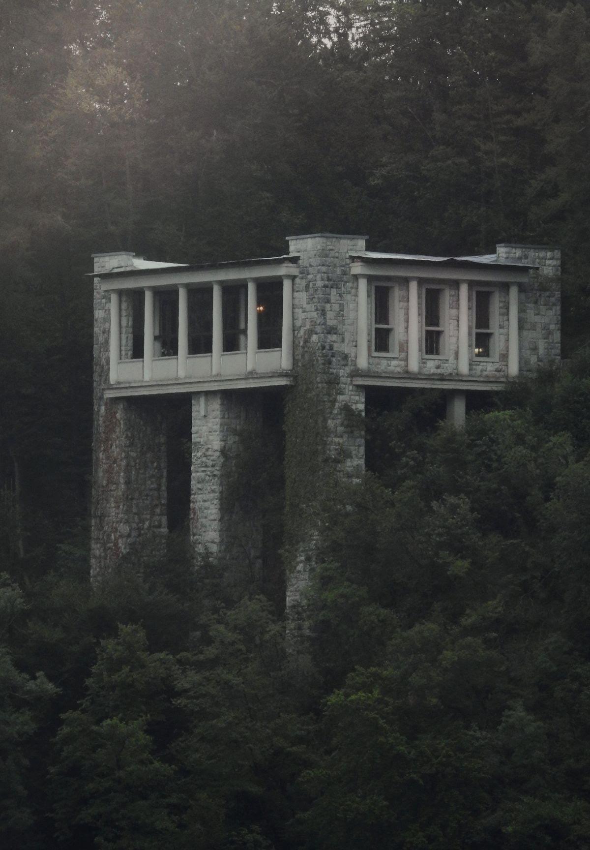 Jože Plečnik, Vinko Glanz - The Belvedere Pavilion