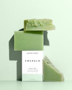 herbivore_emeraldcbd_soap_main.jpg?v=1587148308