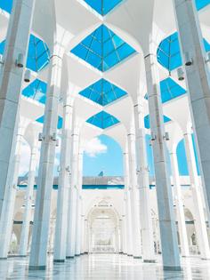 sultan-salahuddin-abdul-aziz-mosque.jpeg
