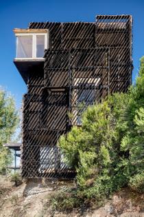 the-voxel-cabin-iaac-valldaura-labs-spain_dezeen_2364_col_13-scaled.jpg
