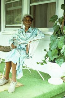 Emma Dupree, Herbalist