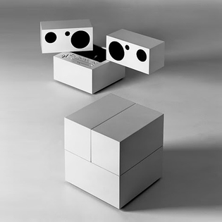 Stereo System with detachable speakers; Mario Bellini 1970