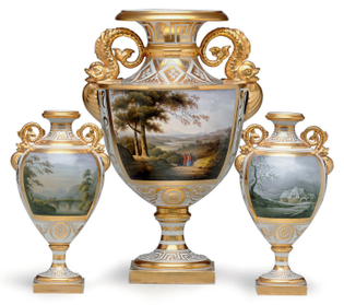 2010_nyr_02350_0186_000-a_worcester_porcelain_topographical_three-piece_garniture_circa_1804-1012817-.jpg?mode=max