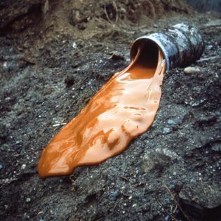 glue-pour-1969-.jpg