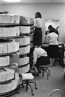 henri-cartier-bresson-photo-essay-bankers-trust-company-new-york.-1960.jpg