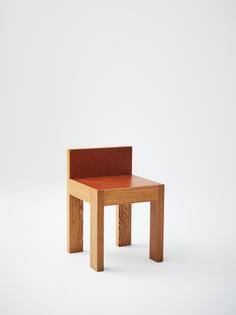 veermakers_strict_smallstool_oakleather_1.jpeg