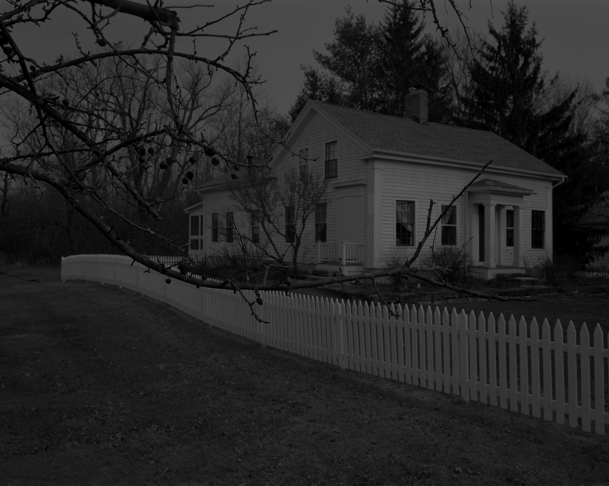 Dawoud Bey, Untitled #1 (Picket Fence and Farmhouse)