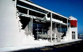 wines-milwalkee-inside-outside-facade-.jpg