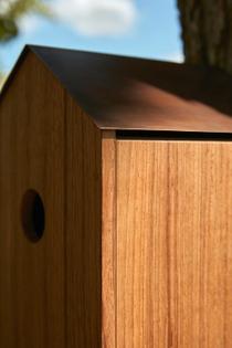 brentbuckarchitects-045-birdhouse-photo-teakdetail.jpg