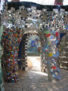 building-art-modern-art-garden-of-tarot-niki-de-saint-phalle-tuscany-capalbio-il-giardino-dei-tarocchi-mosaic.jpeg