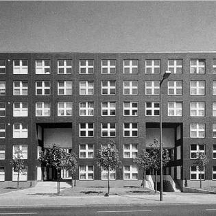 IBA Block 1, Köthener Str., 1987