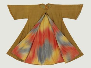 Evening Coat 1905-1910 (made) ARTIST/MAKER Liberty & Co. Ltd. (made) PLACE OF ORIGIN London (made