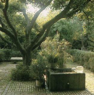The Garden Book, 1984