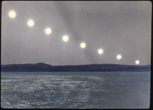 suns-showing-sunset-7-30pm-9-15pm-in-baffin-land-1280x924.jpeg