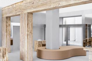 axel-arigato-store-interior_dezeen_2364_col_3.jpg
