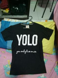 yj_yolo_black_tshirt_1564332455_4c47d7ce_progressive.jpg