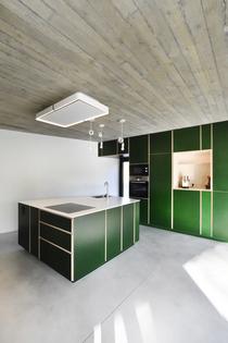 Large kitchen island w/ stove & sink