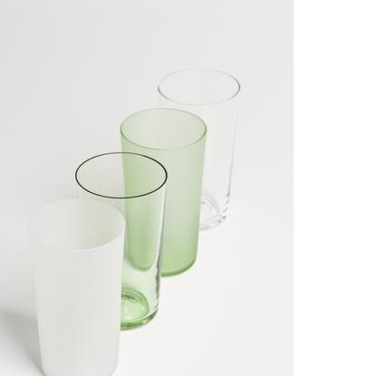 https://mocoloco.com/fresh2/upload/2014/07/verre_commun_glasses_by_guillaume_sasseville/verre_commun_glasses_guillaume_sasse...
