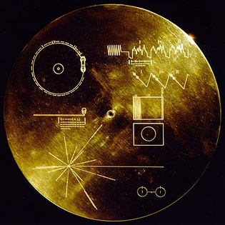 400px-the_sounds_of_earth_record_cover_-_gpn-2000-001978.jpg