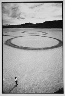 Michael-Heizer-Circular-Surface-Planar-Displacement-Drawing-01.jpg