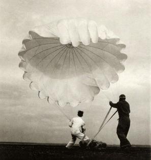 Margaret Bourke-White, twenty parachutes, 1937