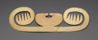 Nose Ornament with Lateral Extensions in Suggesting Whiskers, Wings, or Fish Barbels, Nariño, 1000, Art Institute of Chicago: Arts of the Americas