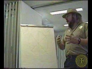2/2 Mark Tilden explaining Walkman (VBug1.5)
