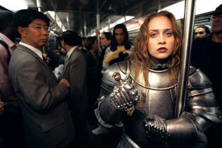 fiona apple as joan of arc on the nyc subway,