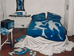 440px-the_blue_room-.jpg