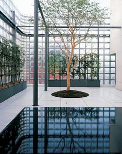 Maison Hermes - Renzo Piano Building
