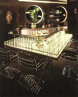 Custom-designed bar area (ynl)
