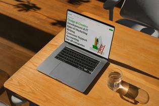 upwork_2021_website_laptop.jpg