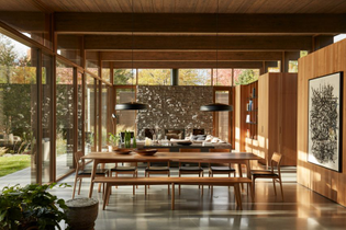 lac-brome-residence-atelier-pierre-thibault-architecture_dezeen_2364_col_11-852x568.jpg