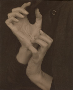 Georgia O'Keeffe — Hands 1919 Alfred Stieglitz