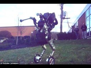 "The latest ""nightmare inducing"" Boston Dynamics robots"