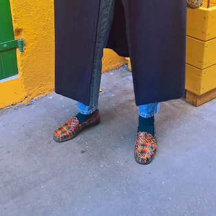 Colorful Trentemoult 🎨👞 #trentemoult #colorful #shoes #outfit #woven #wovenshoes #vintage #secondhand #boyish #ootd #casual #streetstyle #slowfashion #fashion #yellow #green #red #blue #colors #vintageshoes