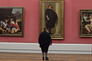 Photographer-goes-through-the-museums-to-capture-the-similarities-between-the-paintings-and-the-visitors-and-the-result-will-impress-you-59e6fac457bf2__700.jpg