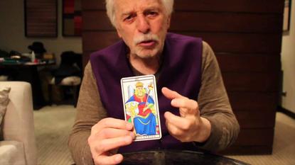 Alejandro Jodorowsky Explains How Tarot Cards Can Give You Creative Inspiration
