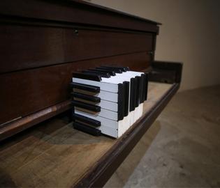 Glenda-Objects-Installations-1.jpg