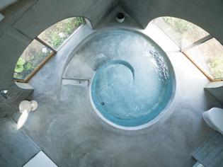 Issei Suma, wheelchair accessible pool for Jikka housing complex