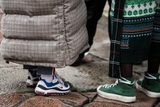 milan-fashion-week-fall-winter-2018-street-style-day-2-18.jpg