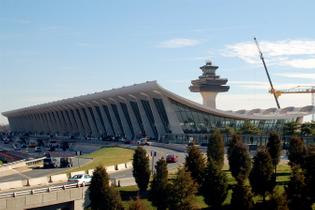 Washington Dulles International Airport (1962)