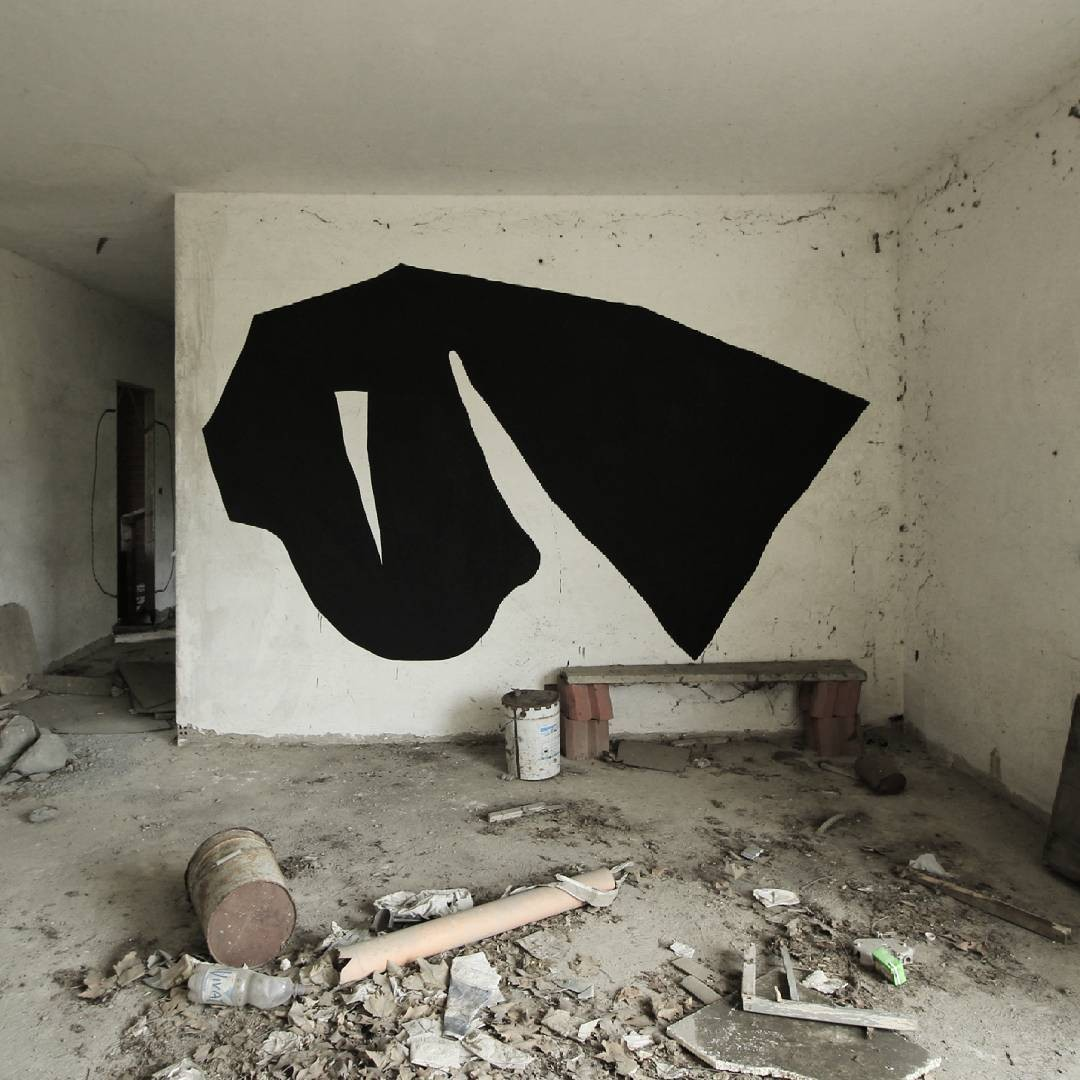 "Another ""uncommissioned"" monochrome. 2017. #nero #black #schwarz #noir"