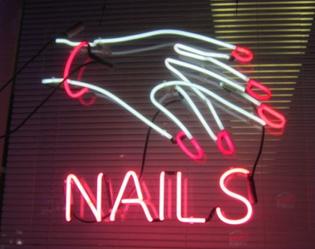 c6cbae9e364493500c57106df71bb24b-salon-signs-neon-nails.jpg