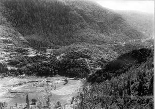 Hetch-Hetchy-dam-site.jpg