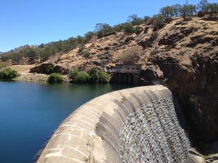 La-Grange-Dam.jpg