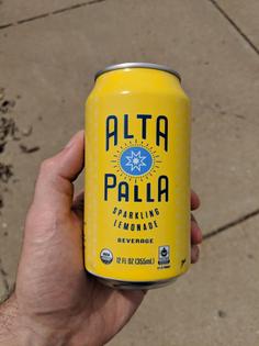 Alta palla sparkling lemonade