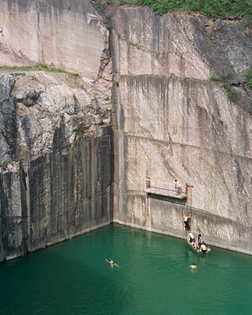 Bas_Princen_Marble-Quarry_1998.jpg
