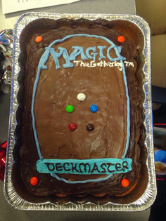 mtg_card_back_cake.jpg