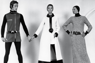 sixties-space-age-fashion-ftr-img2.jpg